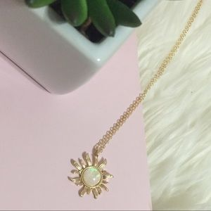 Jewelry - Solar Flare Opalescent Gold Necklace